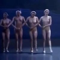 Бабы порно лебединое озеро голый балет без цензуры тачках телок