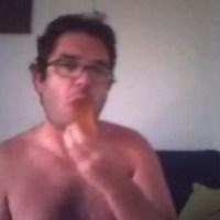 Трахнул парень есть свою сперму фото